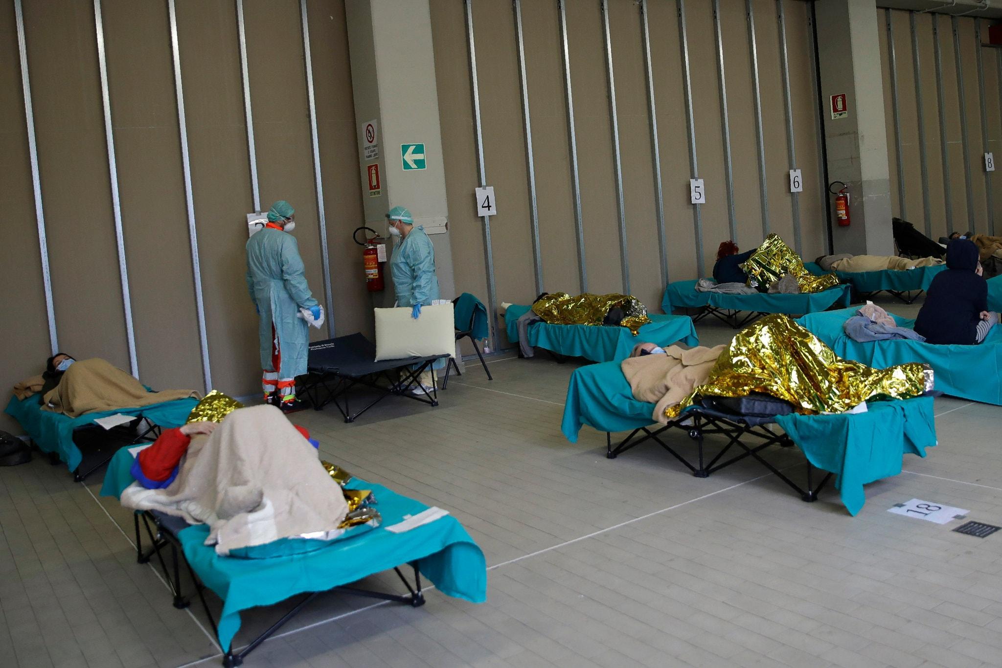 Госпиталь в итальянской Брешии. Российские больницы будут выглядеть по-другому. Luca Bruno/Associated Press